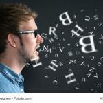 Aussprache verbessern: Tipps, um deutlicher sprechen zu lernen