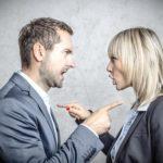 Schlagfertigkeit lernen: Wie Sie verbale Angriffe gekonnt abwehren