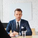 """Wie Sie als eher """"introvertierte"""" Führungskraft schlagfertig kontern"""
